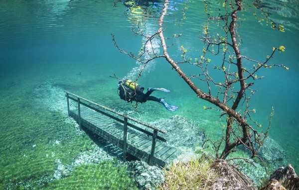 Green Lake, Austria An Underwater fairy tale