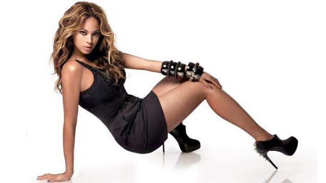 Beautiful Female Singer Beyonce