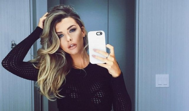 Emily Sears sexiest women in the world 2019