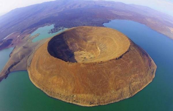 ENVAITENET – THE ISLAND OF NO-RETURN