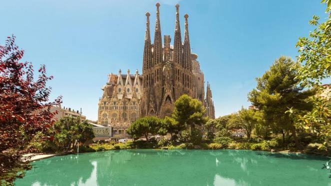 live in Barcelona, Spain