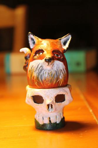 09 Fox in Skull F