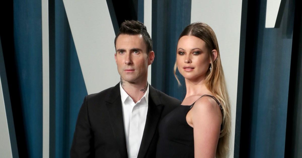 Adam Levine wears a dress alongside daughters, wife: Photo.jpg