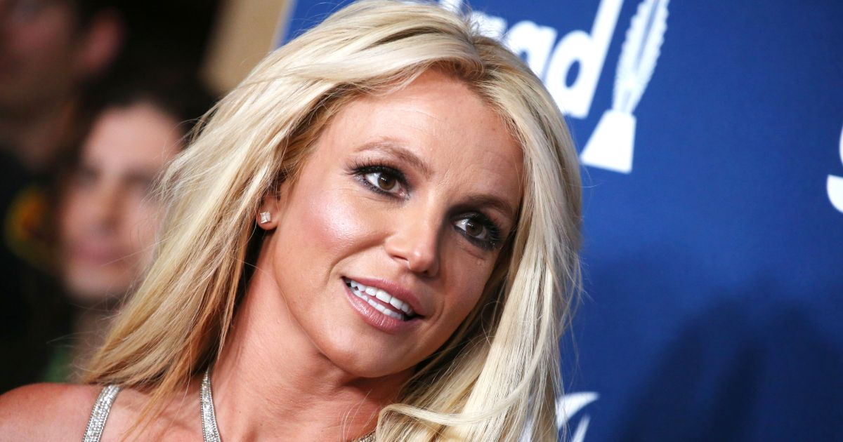 Britney Spears, attorney officially file to remove dad from conservatorship.jpg