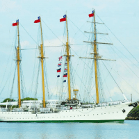 Billing Boats Esmeralda