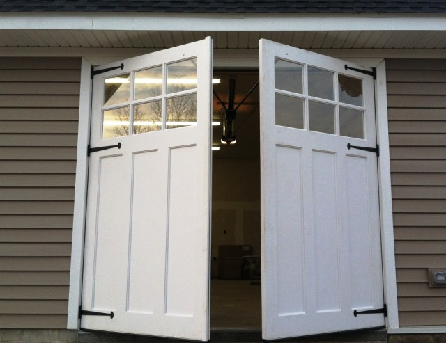 Carriage Style Garage Doors And Wood Carriage Style Garage Doors ...