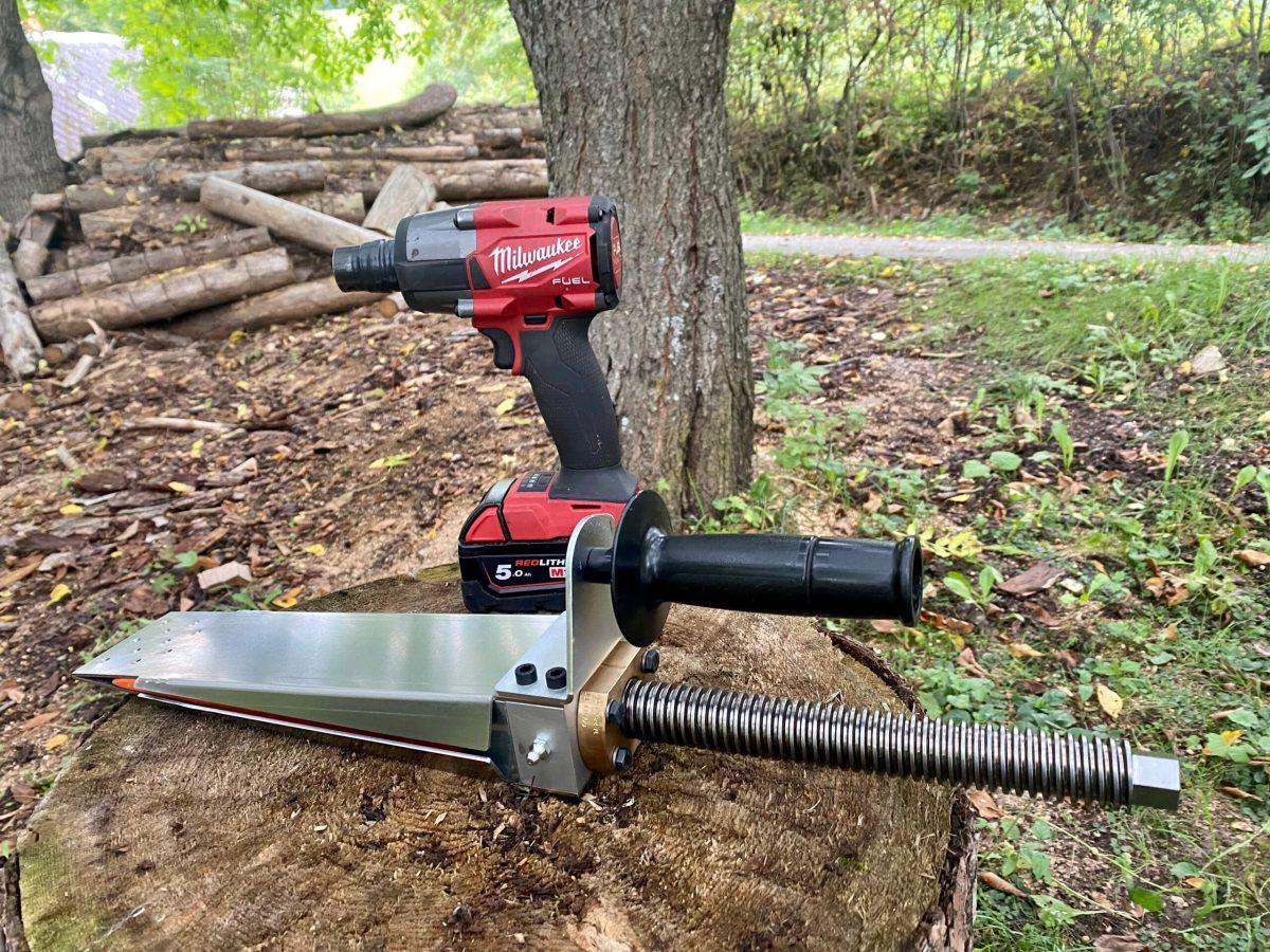 Dřevorubecký mechanický klín BOBR