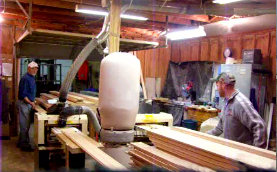 PART TIME JOB PAYS A FULL TIME WAGE — MOLDING BUSINESS EARNS