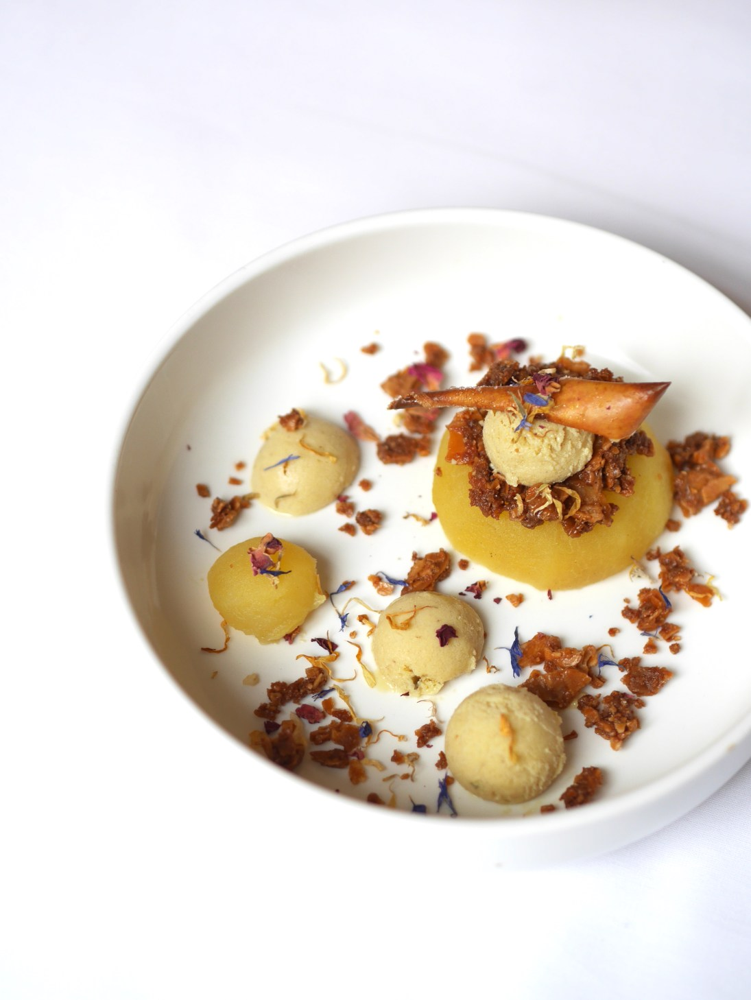woodmoodfood-blog-culinaire-recette-facile-glace-foin-pomme-pochée-vin-riesling-alsace
