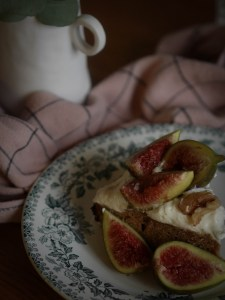 -gateau-miel-noix-amandes-figues-woodmoodfood-4