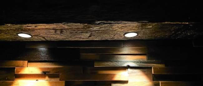 reclaimed wood beam lighting, Suspended rustic Beam Lights ,hanging rustic beam lights, interior design décor, wood beam spot lights, wood beam lighting, wood beam light fixture, pendant wood beam light fixture, pendant rustic beam lights, rustic wood beam spot lights, recessed wood beam spotlights, recessed spotlights wood beam.