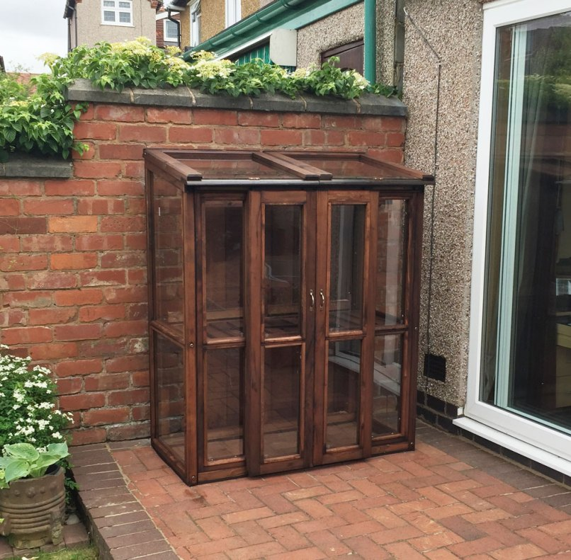 Wooden Upright Cold Frame | Frameswalls.org
