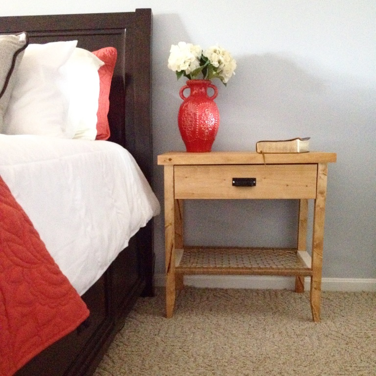 How to Build a Modern Nightstand