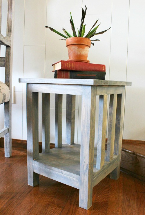 How to Build a Simple DIY Mission Style End Table