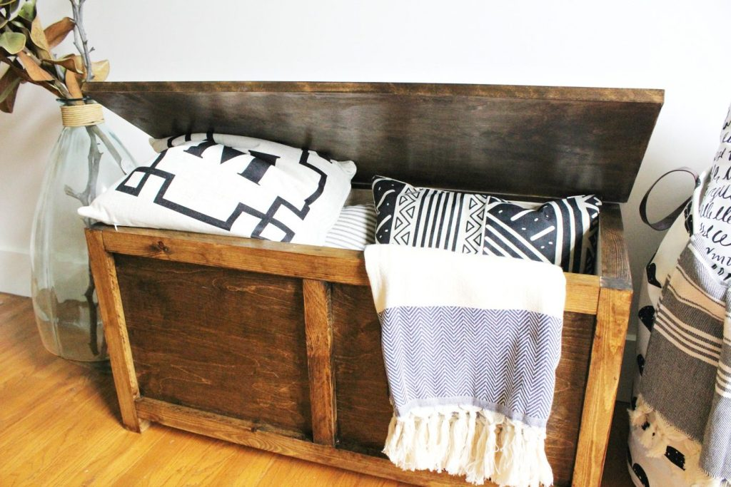 DIY Storage Chest perfect for blanket storage