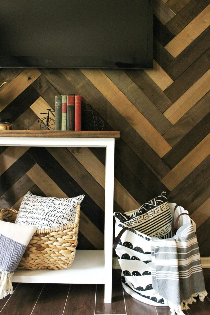 How to install herringbone pattern barn wood wall to create beautiful accent wall.