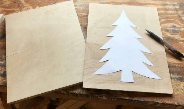 DIY Scrap Wood Christmas Ornament Signs
