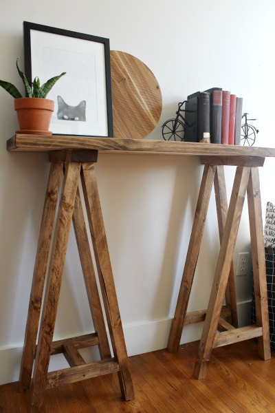 How to build a simple, modern sawhorse console table