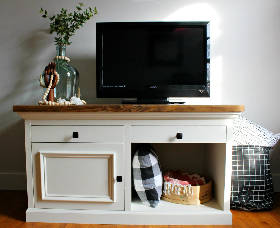 How To Build A STURDY TV Stand That Could Be Used For An Aquarium Stand,