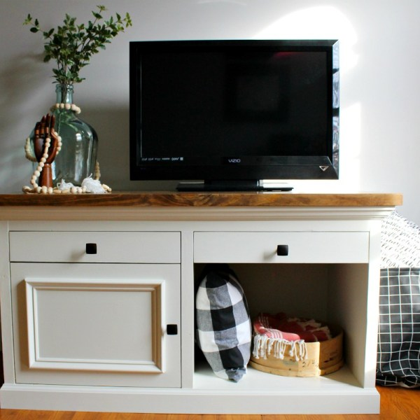 How to build a STURDY TV stand that could be used for an aquarium stand, console cabinet, desk, nightstand, etc. It's pretty either way!
