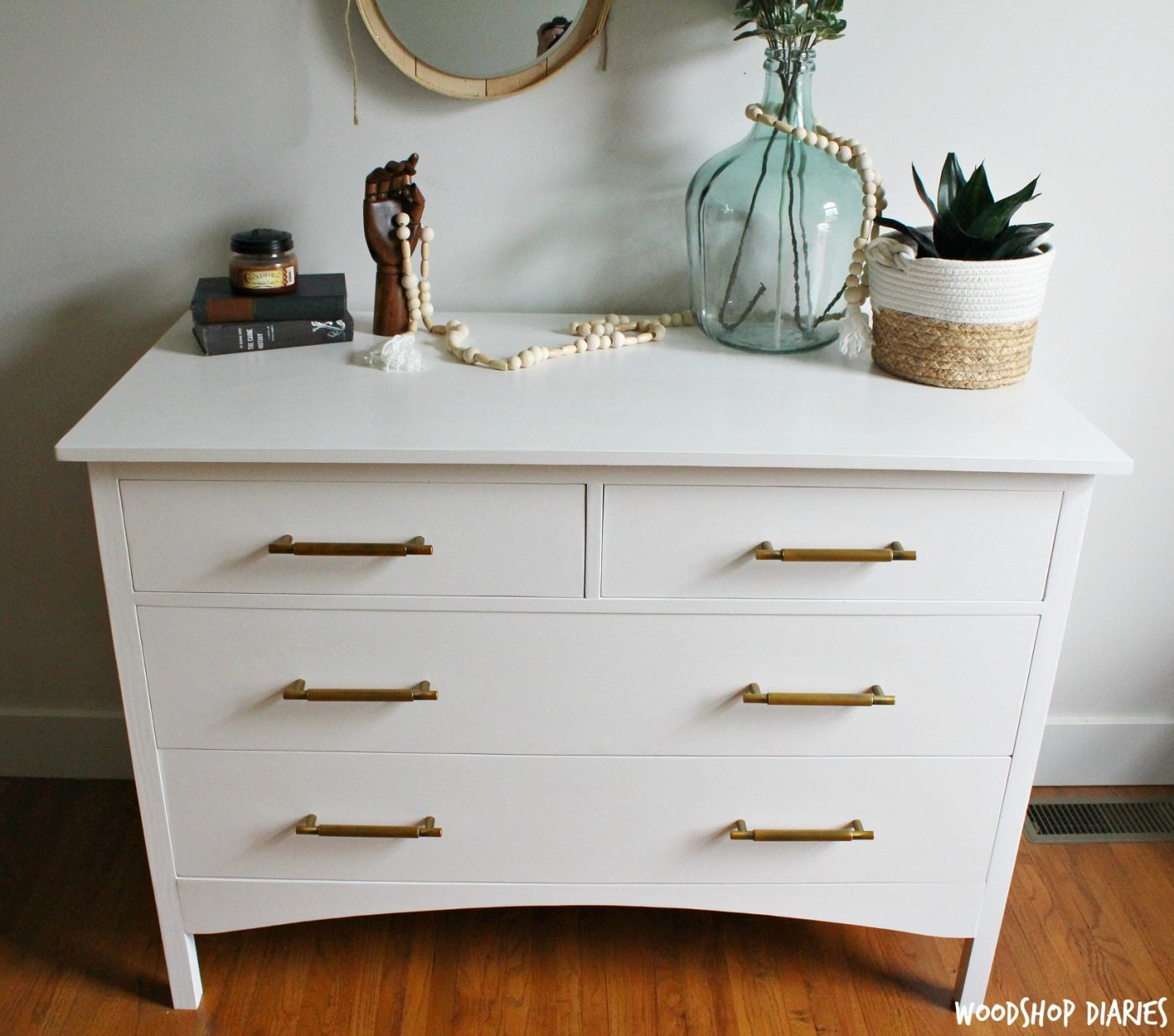 But, If Thatu0027s Not Enough, Just A Few Extra Steps Can Take This Dresser And  Make It A DIY Changing Table, Too!! (Speaking Of Changing Tables, Iu0027ve Got  Free ...