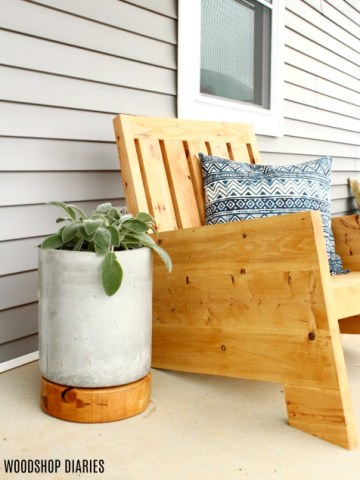 How to make your own DIY concrete planter pot with wooden base