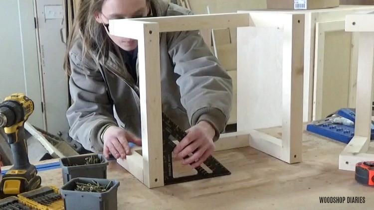 Check wall shelf frame for square