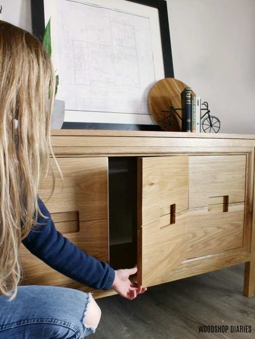 Vanity console dresser middle door open