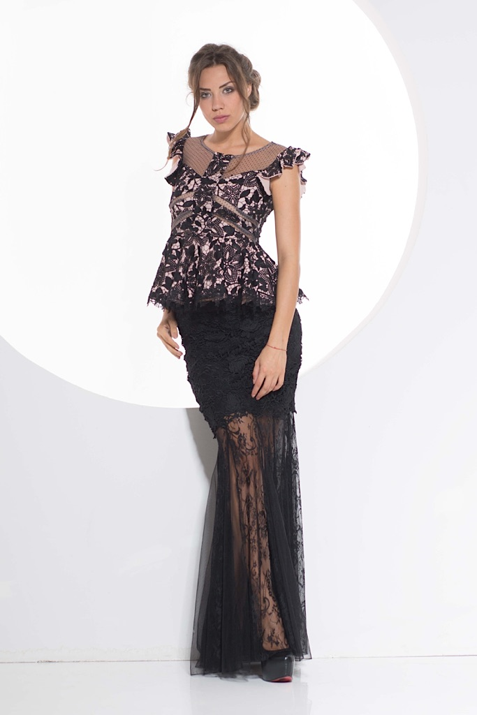 rose lining top with lace skirt
