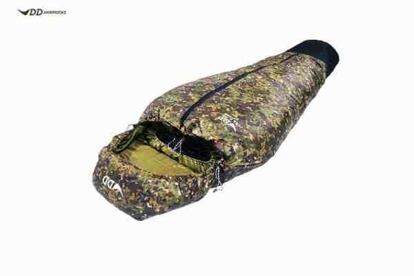 DD Jura 2 Sleeping Bag (Regular) - MC multi camo