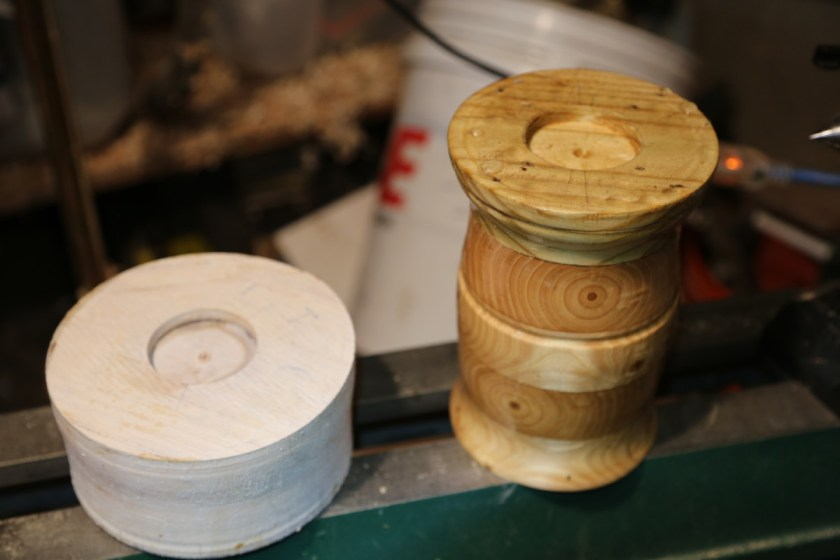 woodturning a recess in a woodbowl for wood scroll chuck