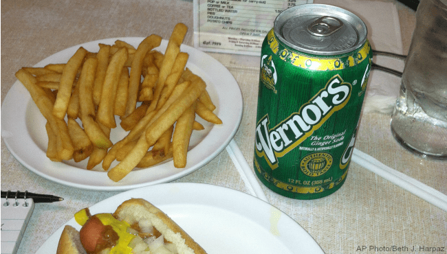 Vernors coney dog_219350
