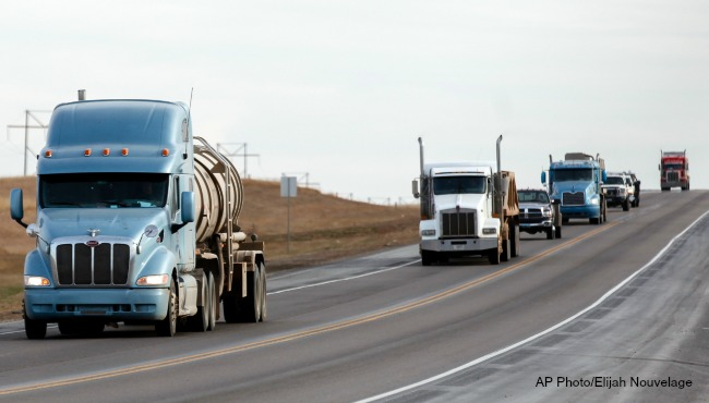generic-semi-trucks-ap-091616_245354