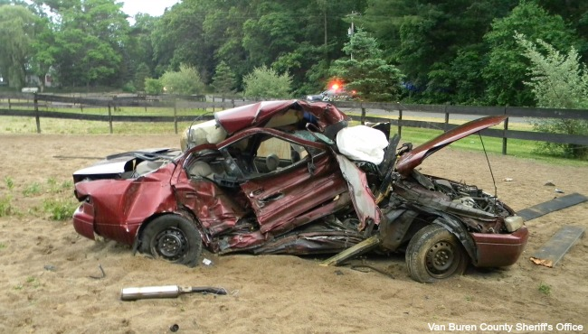 Authorities ID victim of deadly crash north of Paw Paw