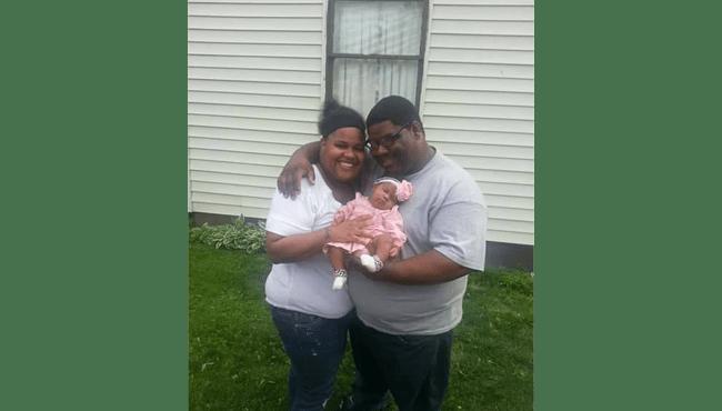 Ashley and Disaun Williams_393255