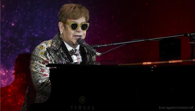 Elton John_466592