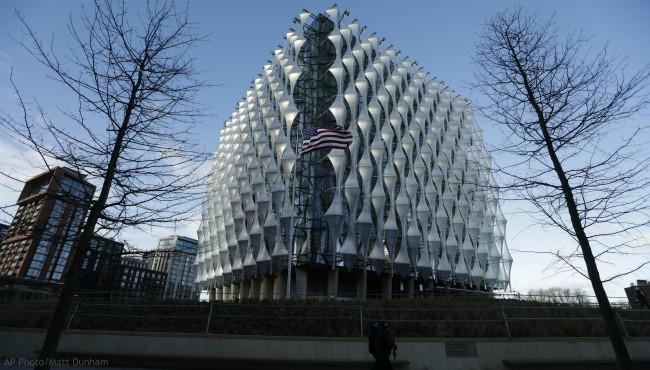 US Embassy London 011618_461468