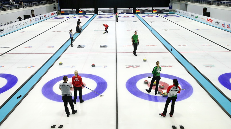 mixed-doubles-curling_gettyimages-873710462_474364