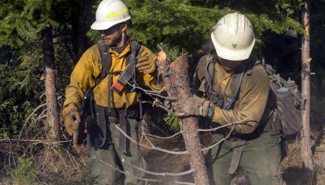 soldier firefighting crew 112418