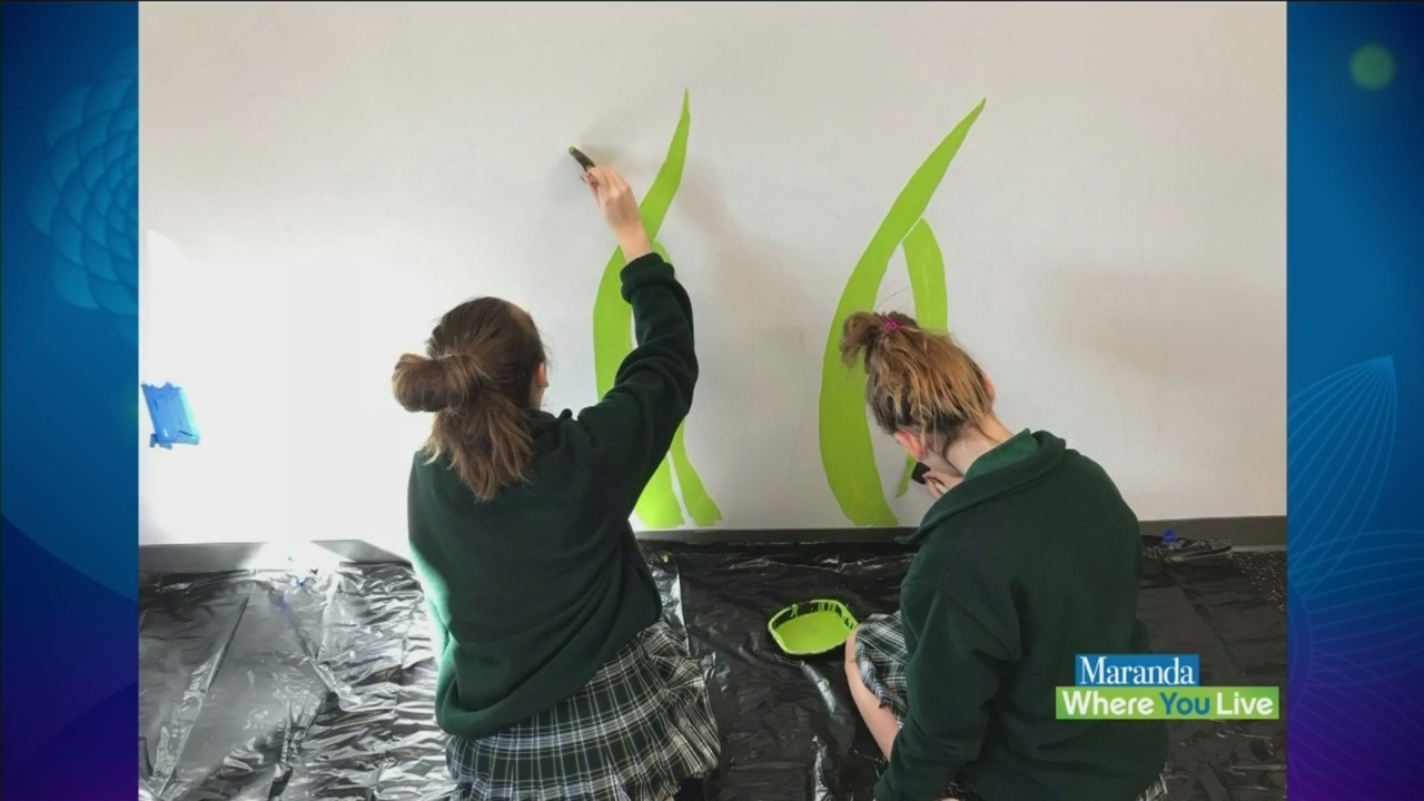 Local_school_paints_mural_at_Wedgwood_Au_0_20181121173846