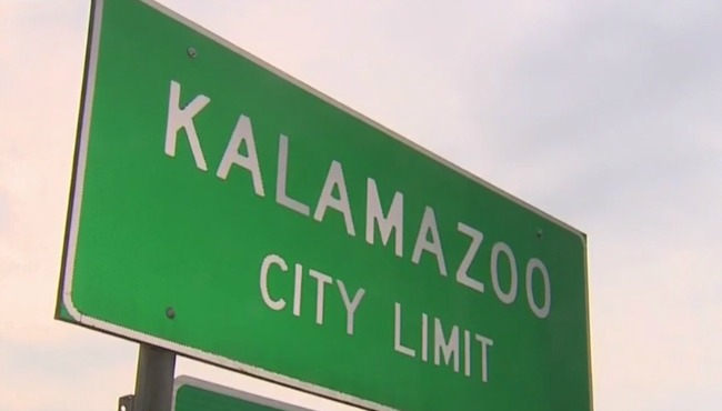 generic kalamazoo city limit sign_1523413271303.jpg.jpg
