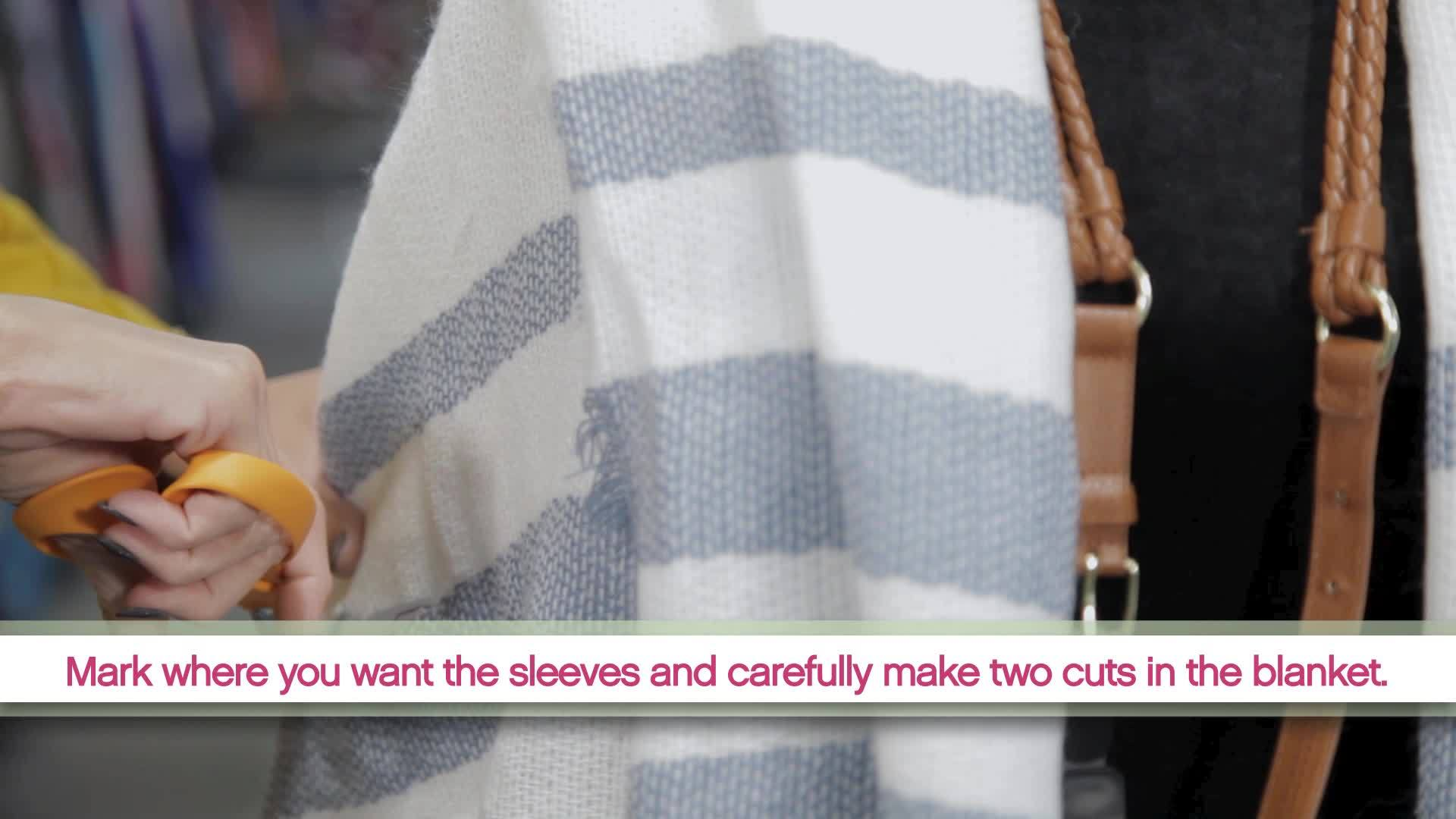 DIY__Blanket_Cape_6_20190117202845