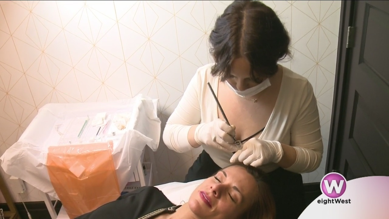 Rachael_checks_out_microblading_at_Siren_9_20190204173513