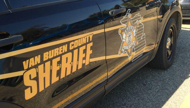 Van Buren County crash kills man