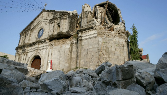 Philippines-Earthquake AP 042319_1556010080926.jpg.jpg