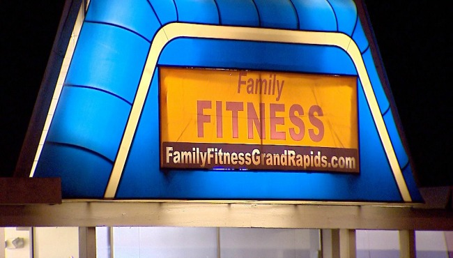 FAMILY FITNESS_372213