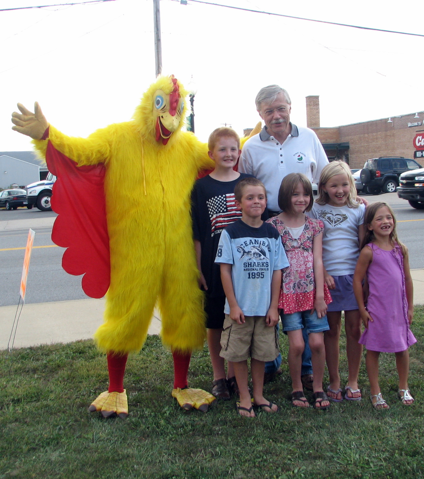 Rotary Chicken BBQ - Bill with young friends_1534823971211.JPG.jpg