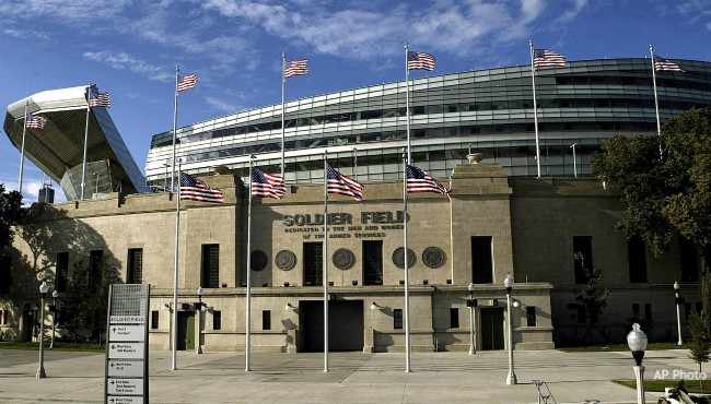 Outside shot of Chicago's Soldier Field in 2004