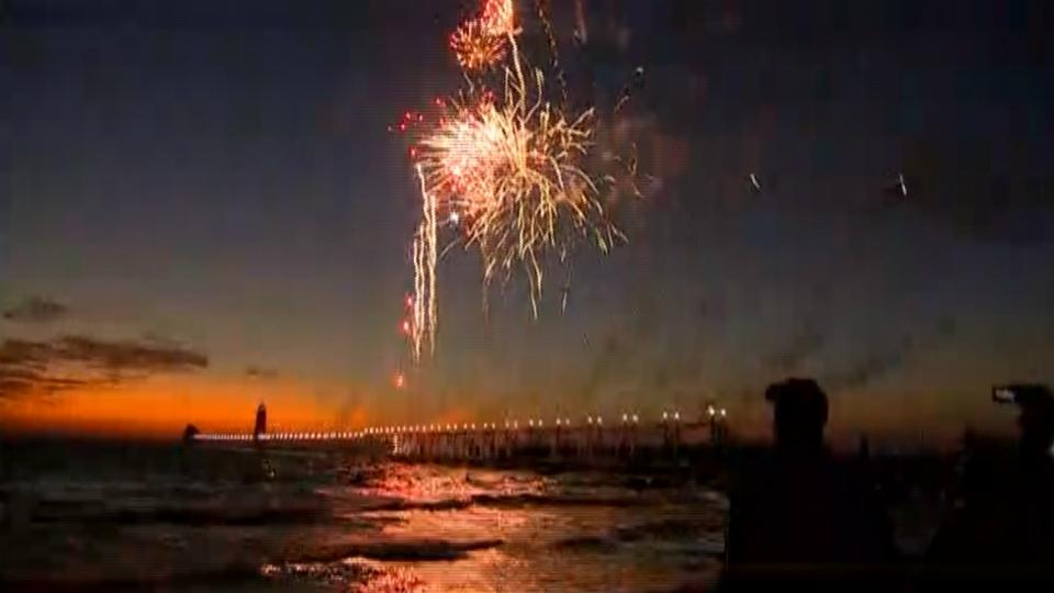 grand haven catwalk fireworks