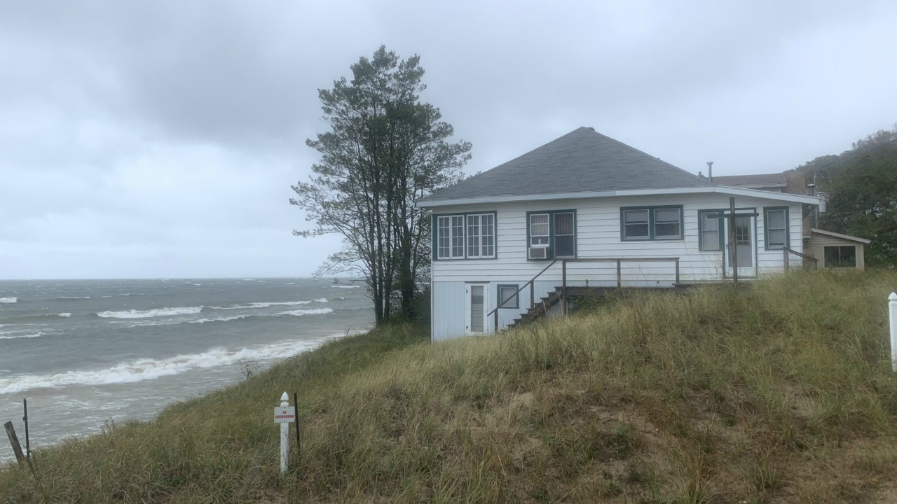grand haven lakeshore house